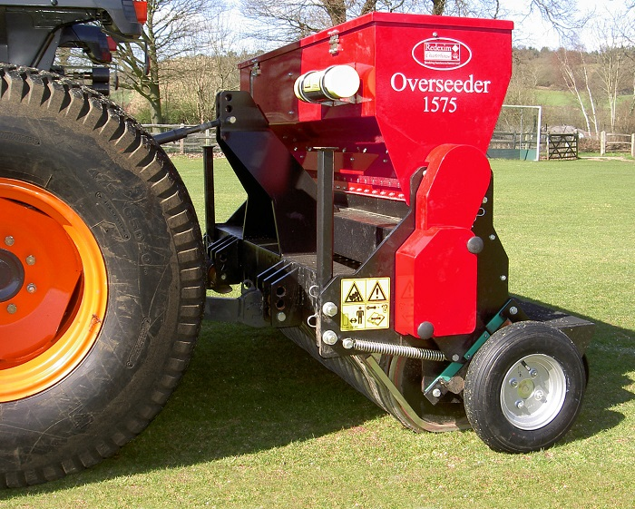Redexim overseeder range features for Charterhouse TM