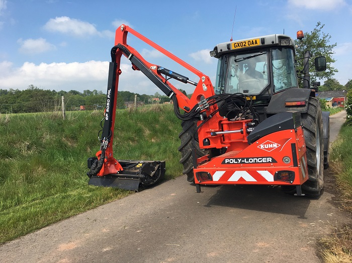 Hydraulic roller extends versatility of KUHN cutters