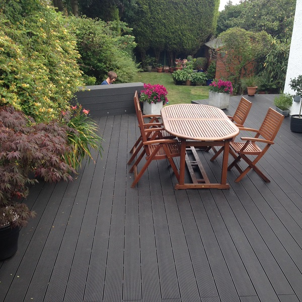 Rockwood WPC decking adds beauty and elegance to gardens