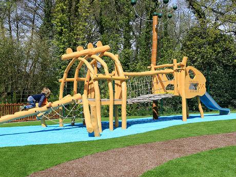 Russell Play helps Little Explorers enjoy an adventure