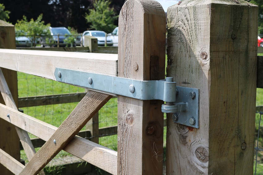 TIMco launches new gate and fence hardware range under the brand Taurus