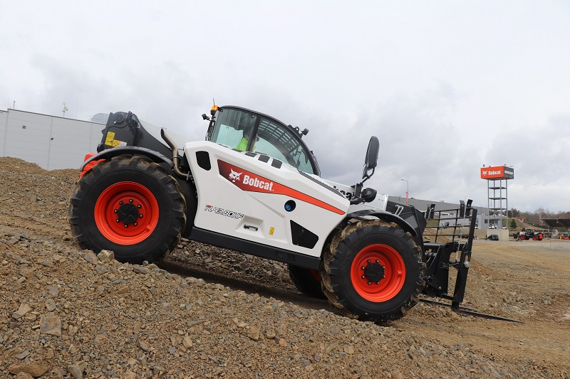 New expanded telehandler range from Bobcat