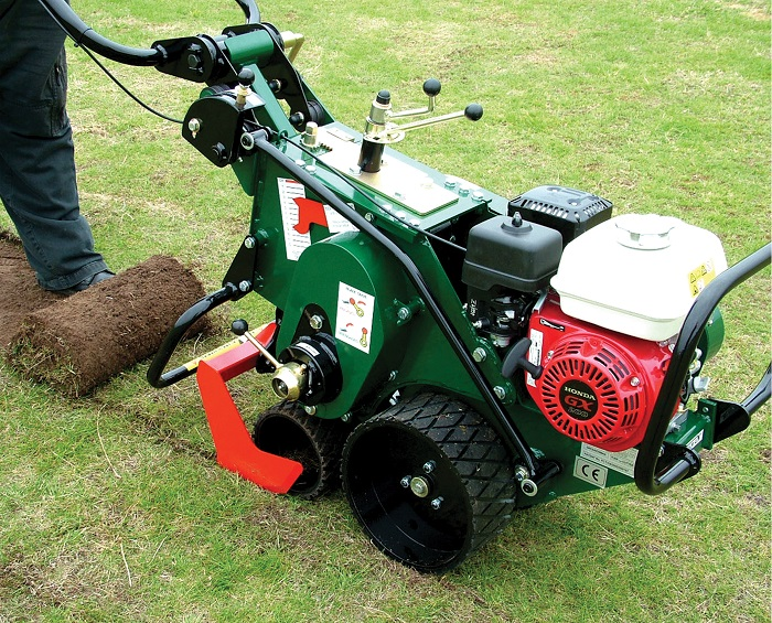 Groundsman Industries to unveil new turf maintenance machine