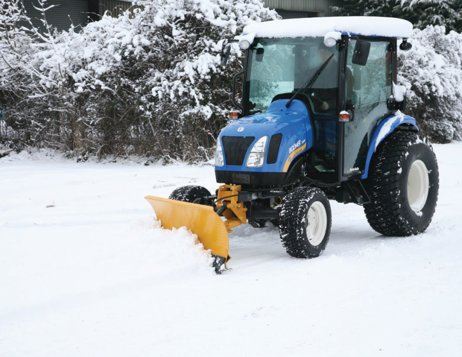 Lewis snow blade offers flexibility and durability