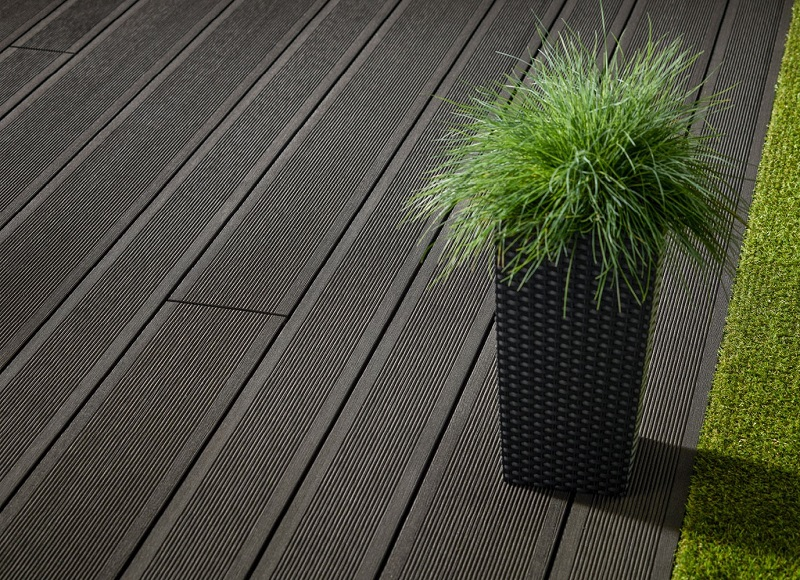 New mixed width decking from Havwoods