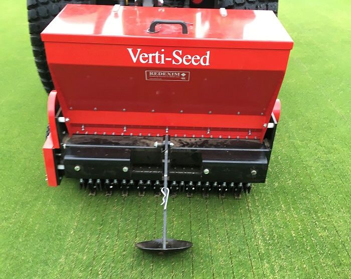 Six-year sward conversion programme thanks to Redexim seeders