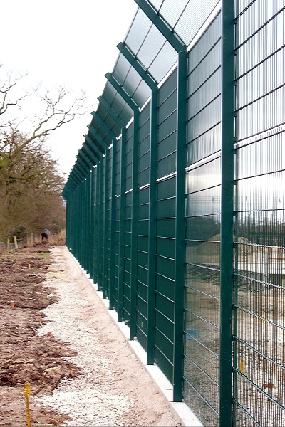 Demountable fencing secures EDF underground gas chambers