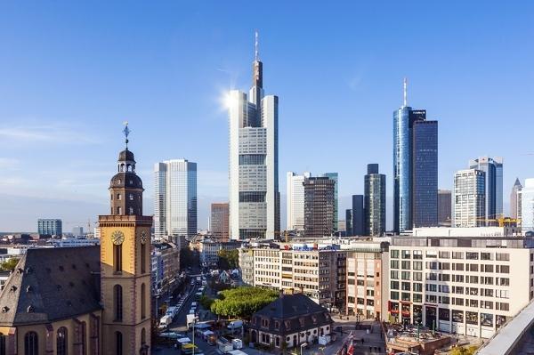Skyline von Frankfurt mit Blick auf die Hauptwache