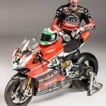 Davide Giugliano aruba.it Ducati SBK 2015 - Motorbike Magazine