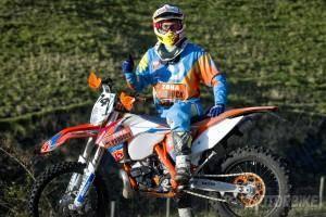 Mario Román Mundial Enduro Extremo 2015 Zona Paddock - Motorbike Magazine