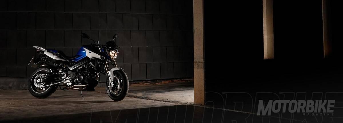 BMW R 1200 R - BMW F 800 R - Motorbike Magazine