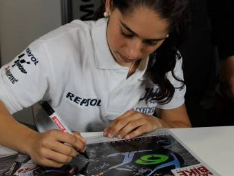 Maria Herrera MotoMadrid Motorbike Magazine 022