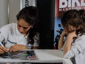 Maria Herrera MotoMadrid Motorbike Magazine 124