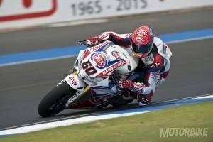 Michael van der Mark Pata Honda World Superbike 2015 - Motorbike Magazine