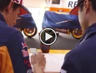 Vídeo Márquez y Pedrosa - Motorbike Magazine