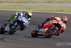 Marc Márquez Valentino Rossi MotoGP España 2015 - Motorbike Magazine