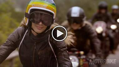 Play-Video-for-the-ride-chicas-1