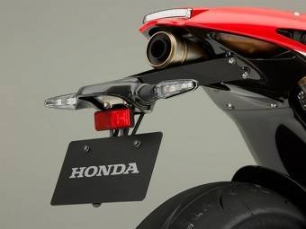 Honda RC213VS 15