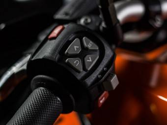 KTM 1050 Adventure MBK6 - Mandos