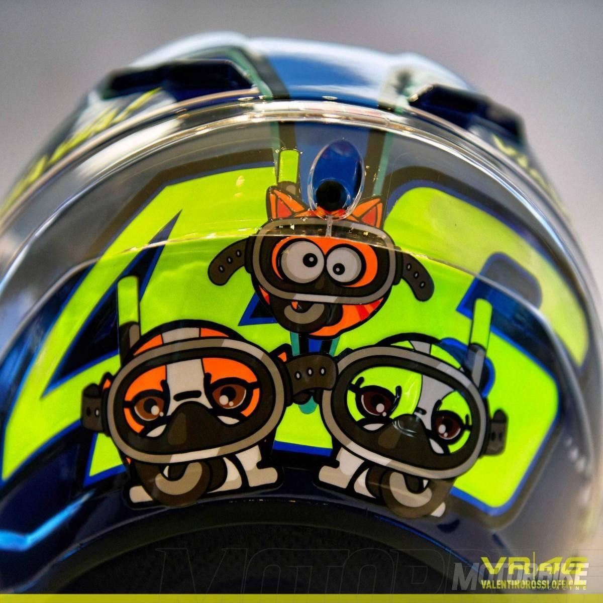 Casco de Valentino Rossi para el GP de San Marino 2015 - 1