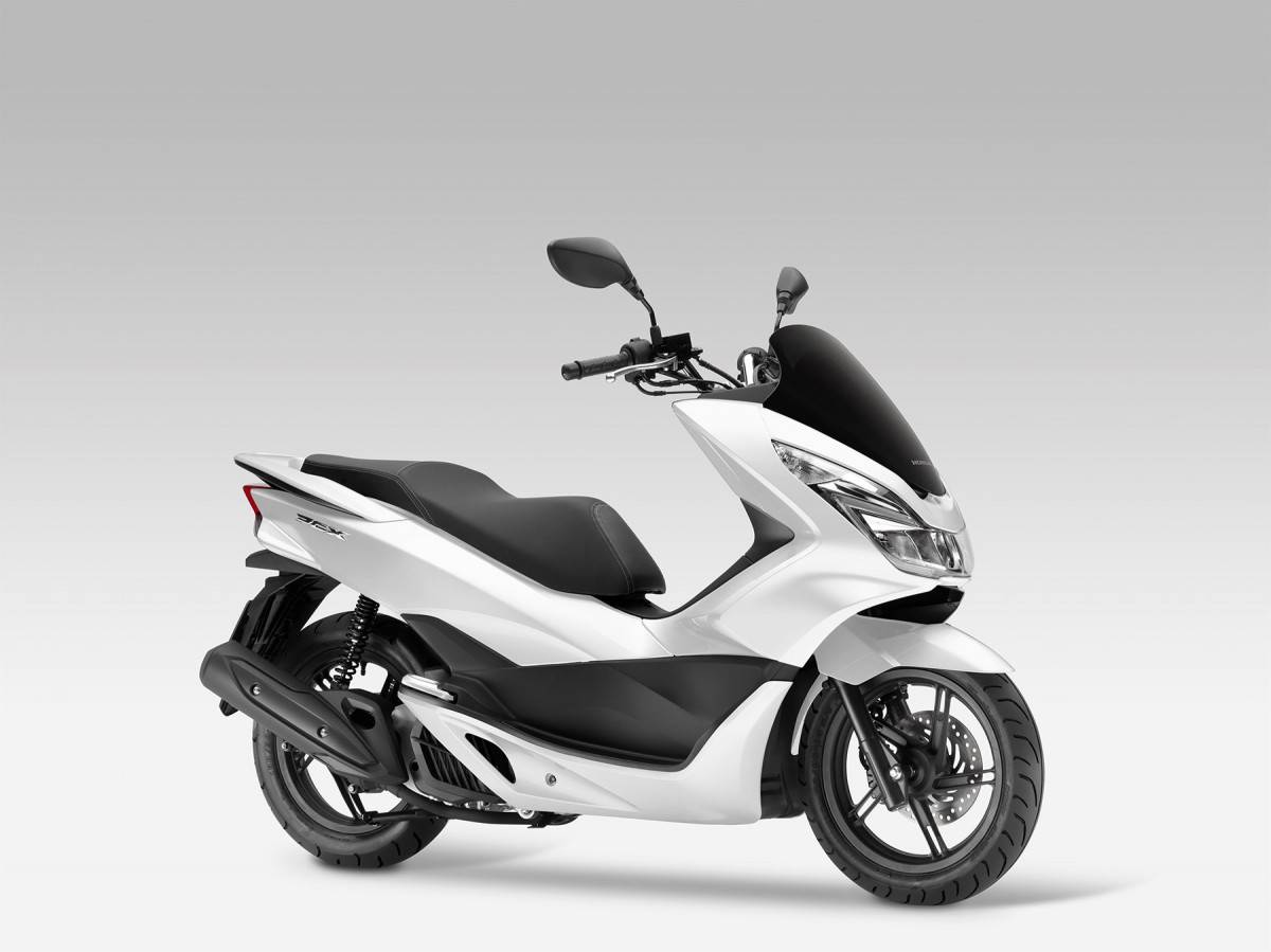 honda pcx 125 precio fotos ficha t cnica y motos rivales. Black Bedroom Furniture Sets. Home Design Ideas