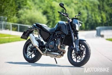 KTM Duke 690 2016 06