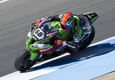 Tom Sykes Kawasaki WSBK Jerez 2015 - Motorbike Magazine
