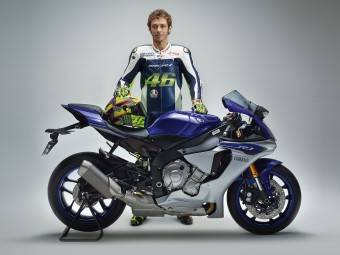 Valentino Rossi 2015 Yamaha YZF R1 2016 01