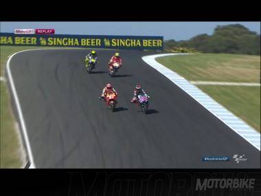 MotoGP Australia 2015 - Ataque final
