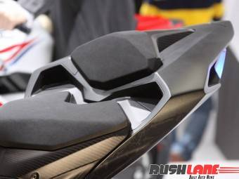 Honda CBR250RR lightweight super sport hi res photo 5