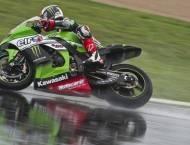 Jonathan Rea Kawasaki WSBK Magny-Cours 2015 - Motorbike Magazine