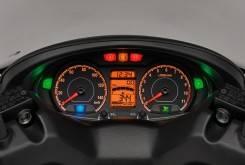 Suzuki Burgman 200 2 1200x799