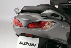 Suzuki Burgman 200 5 1200x799