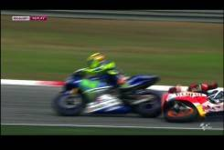 Video GP Malasia Rossi Marquez 04