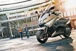 Yamaha TMax 2015 13