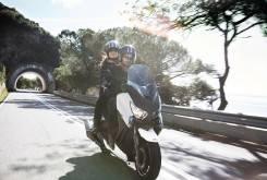 Yamaha XMAX 400 2