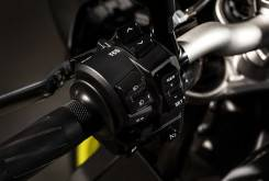 Yamaha MT 10 2016 detalles 06