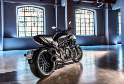 Ducati Diavel Carbon 2016 002