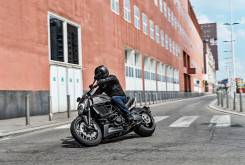 Ducati Diavel Carbon 2016 005