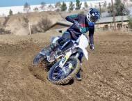 Motocross Modelo Elisabeth Chateau 001
