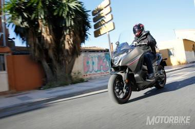Honda Integra 750 2016 prueba