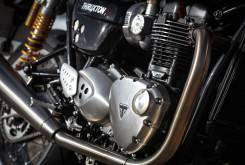 Triumph Thruxto R 2016 012