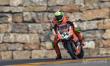 Davide Giugliano Ducati WSBK Aragón 2016 - Motorbike Magazine