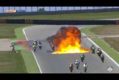 Espectacular accidente múltiple en Motorland Aragón 000