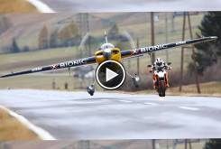 Video KTM Super Duke vs Avion Red Bull 000