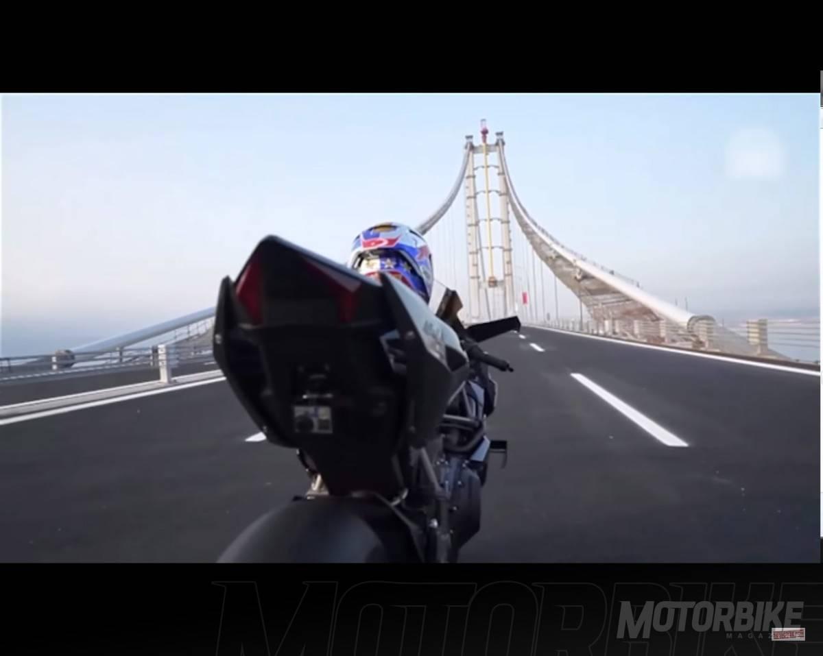De Esta Bestia Sobrealimentada Kawasaki La H2R Para Llegar A Una Cifra Historica Aqui Tienes El Video Del Nuevo Record Kenan Sofuoglu