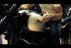 Antonio Banderas Triumph T100 Macco Motors 05