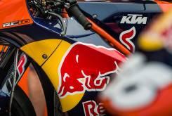 KTM RC16 accion 12