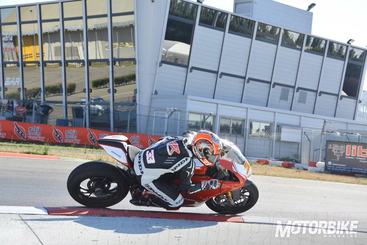 Marco-Melandri-Ducati-Panigale-R-03