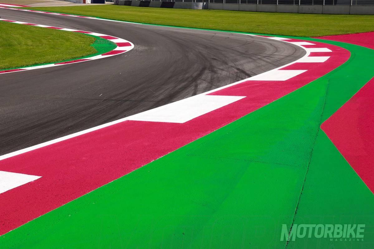 MotoGP-Austria-2016-curva-10-01